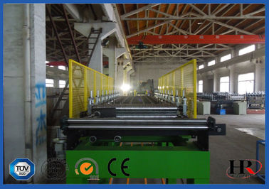 China 950 - 1000mm Width PU Sandwich Panel Production Line  With 150 - 200 Bar Foaming Pressure supplier