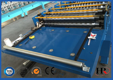 China Self Lock Sheet Roof Roll Forming Machine , Roof Panel Roll Forming Machine distributor