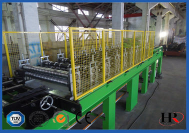 China EPS / ROCKWOOL Sandwich Panel Making Machine Continuous Cold Roll Forming 50HZ distributor