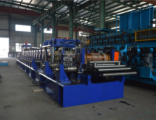 Square Pipe P Beam Steel Roll Forming Machine For Warehouse Step Beam