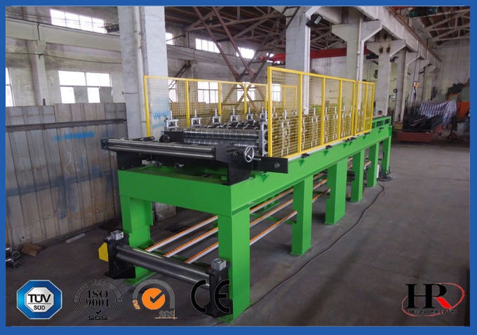 Hydraulic Powered Uncoiler Metal Roofing Forming Machine , Roof Sheet Making Machine