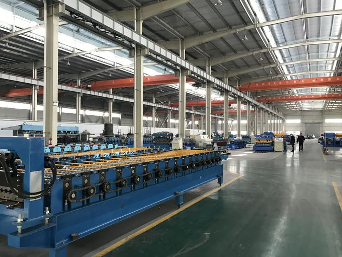 Steel / Aluminum Roll Forming Equipment With PLC Control System