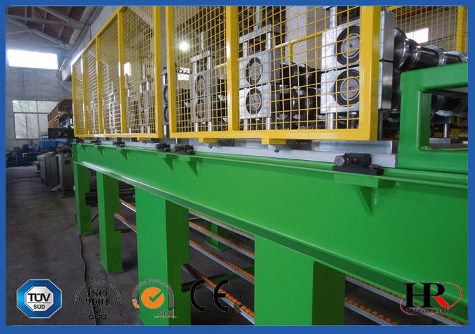 950 - 1000mm Width PU Sandwich Panel Production Line  With 150 - 200 Bar Foaming Pressure